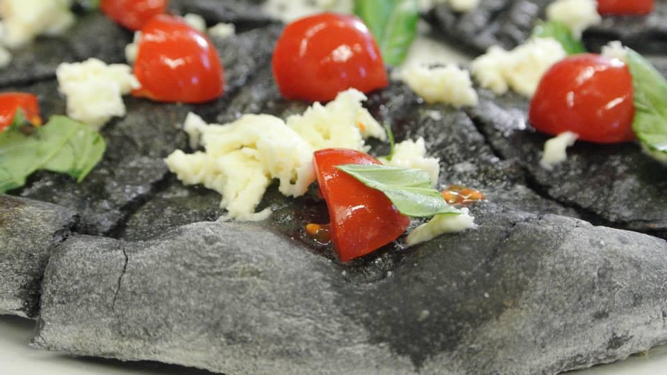 Pizza ai carboni vegetali - Angelo Berardinelli
