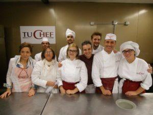 9 Gruppo del corso amatoriale anno 2015 a Tu Chef